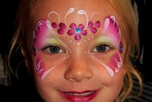 Kitty's Butterfly face paint / Wonderfull butterflies in all kinds of colors and shapes.