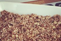LIFE & kokkerellen / Elke dag moet er eten op tafel komen en ik geniet van een heerlijke maaltijd. Als ik tijd heb, werkt koken en bakken heel ontspannend en probeer ik regelmatig andere recepten uit. Pakjes en zakjes zijn zoveel mogelijk uitgebannen. Lees mijn blogs voor recepten en ideeën.   #koken #bakken #recepten #ontbijt #lunch #diner #flourishlikeapalmtree