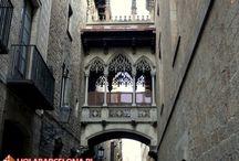 Dzielnica Barri Gothic / Jedna z najstarszych dzielnic Barcelony ukazująca architekturę średniowieczną.