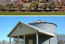 Grain Bin Houses / In Season 2, Urban Conversion researched green housing alternatives.