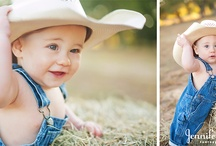 Baby/Children Photography / by Kaycee Gossett
