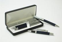 Plumas / Bolígrafos con mucho estilo y diseño.