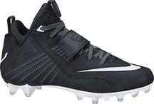 Nike Men's Calvin Johnson Elite 2 TD Football Cleat / Nike Men's Calvin Johnson Elite 2 TD Football Cleat