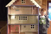 1:6 dollhouse / Barbie size dollhouse