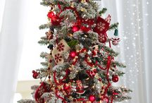 Christmas: Disney / by Dusty King