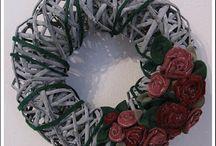 Ghirlande, fiori di feltro e nn solo!