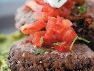 Food - Burgers / by Rebecca Deering
