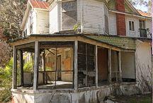 Abandoned house / Pics