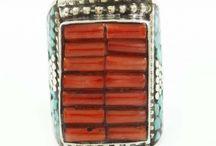Elegant and Nobel Fashion Jewelry / Elegant and Nobel Fashion Jewelry is what one DESIRES.