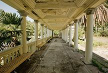 Empty spaces, abandoned places