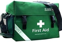First Aid Bag Kit Water Resistant Workplace Home Car Bike Sports Travel Green