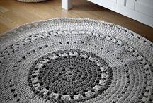 dywaniki szydełkowe