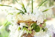 Flower Centerpieces  / Wedding flower centerpieces and other non-floral ideas for your wedding day
