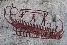 Prehistoria: barcos en el arte rupestre, ¿o son pictogramas? / pinturas parietales y evolución de los barcos.