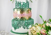 wedding cakes / by Vy Sylaphone