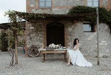 ANJA - #tuscanywithlove INSPIRATIONAL SHOOTING / Famous fashion blogger The Dolls Factory inspires brides with a luxurious Tuscan Wedding where the elegance meets with  nature, creating an amazing connection COLORS: Green, Grey, White, Soft Apricot, Soft Pink