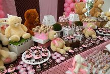 Teddy bear picnic baby shower / by Trecy Loves