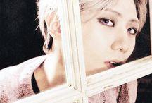 Hyunseung (B2ST)