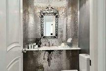 Small bold bathrooms