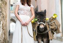Italian Destination Wedding Inspiration / Amalfi Coast wedding photography & styling ideas