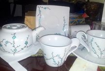 Painting tea cups