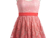 Dresses!!♥ / by Brianna Jensen