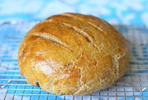 Banana Flour Bread / Try some of these delicious Gluten Free breads made with banana flour