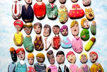 People pebbles / Coloured