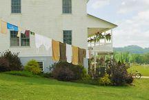 Amish Farms and Barns
