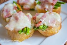 Recipes: Appetizers / by Janessa Jenkins