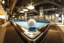 TrickShot Bowling, Biliard & Darts / Locatia noastra pune la dispozitia clientilor sai 3 spatii moderne in care va puteti petrece timpul liber si o gama variata de servicii precum: o sala de bowling cu 8 piste ultramoderne Brunswich, o sala de billiard cu 15 mese si o sala pentru iubitorii de Darts.