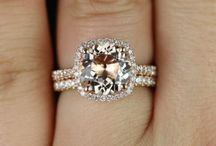 Engagement rings  / by Courtney Mckenzie