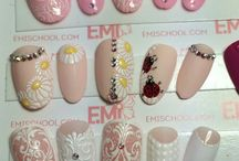 nails: flowers
