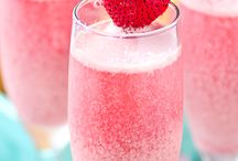 Home Drink Recipes / Inspiring drink recipes for interesting lunches, dinners and parties.