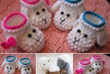 Chrochet lamb baby booties