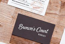 Qrious Lab.: Biz Card - brown