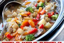 crockpot meals / by Kim Gilbert