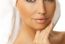 Kozmetika Kezelések - Arctisztítás / A kezeléseket ILCSI és DR SPILLER Natúr kozmetikumokkal végzem. A kezelés körülbelül 1,5-2 órás, a kezelés menete: - Arc letisztítása arctejjel, tonikkal, - Bőrradírozás  - Arcmasszázs - Gőzölés ózonos gőzölővel - Arc tisztítása (nyomkodás) - Vió fertőtlenítés, pórusösszehúzás - Pórusösszehúzó, nyugtató maszk felhelyezése, - Ultrahangos hatóanyagbevitel - Átkrémezés