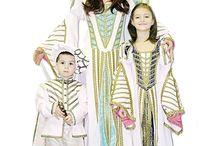 Historické kostýmy - Ladana