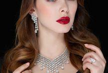 Schreiner Haute Jewellry / Exquisite Schrenier jewellry available at Levant stores in Dubai.  http://www.levant.com/schreiner/ Contact - mkt@levant.com  #Luxury #Jewelry #Diamonds #Womenfashion #Fashion #Womenswear #Jewellrydesign #Necklace #DiamondNecklace #Earrings #Women