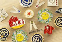 Gadget Promozionali, portachiavi e spillette. / In questa bacheca le foto più belle di portachiavi, spille, pins, spillette, gadget pubblicitari ed articoli promozionali made in Italy.