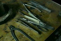 ジュエリー修理・メンテナンス【とみた宝飾/ジュエリーデザイナー富田麻由】 / とみた宝飾の熟練の宝飾職人が、リングのサイズ直し、ネックレスのつなぎ修理、糸替え、新品仕上げ等、他店で断られた難易度の高いものもご対応いたします。