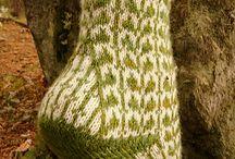 Şişle desenli çorap örme :