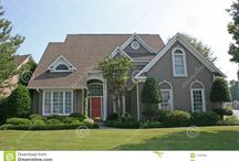 stucco houses/paint/shutters
