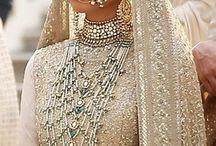 indian saree traditional