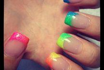 nails / by Ann Wengert