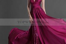 Evening Dresses / by Topwedding