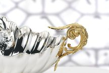 Holloware - silver and gold / Centerpieces, bowls, in sterling silver or silver plated with gilding on accents