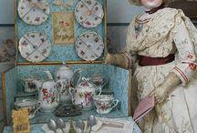 Porcelánové nádobíčko pro panenky