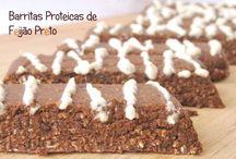 Barritas Proteicas de Feijão Preto / Vegan, sem glúten, sem açúcar, sem óleo, sem soja e sem frutos secos. Estas barritas são ideais para o pós-treino. Elas respeitam a razão 5:1 hidratos de carbono:proteina recomendada.